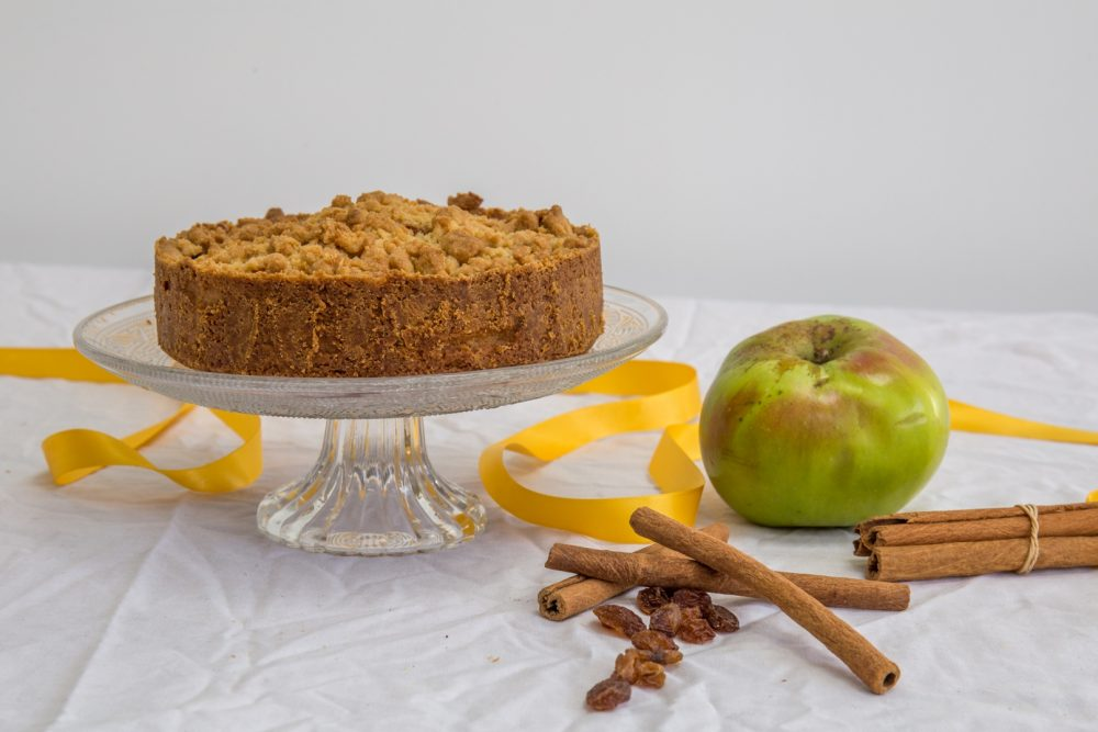 Bloom Bakers Apple Crumble Pie