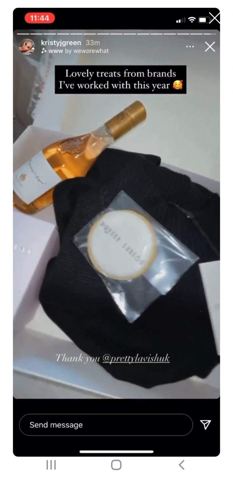 Influencer biscuit gift mailer