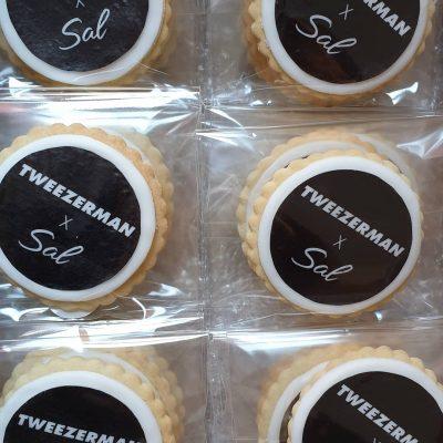 Tweezerman by Sal biscuits