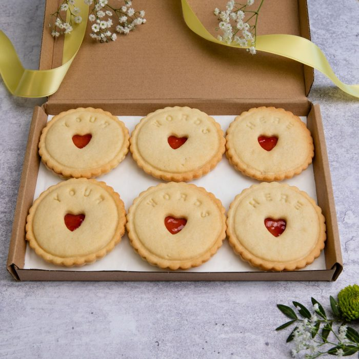 Personalise your jam biscuits with your words here